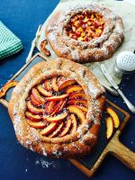 Spelt flour, coconut, quince jam and peach homemade galette