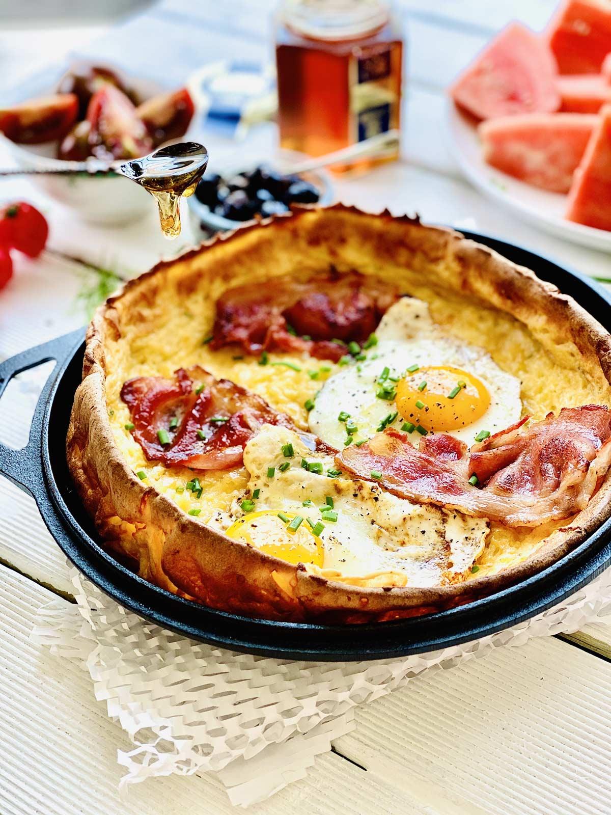 Bacon and Eggs Dutch Pancakes