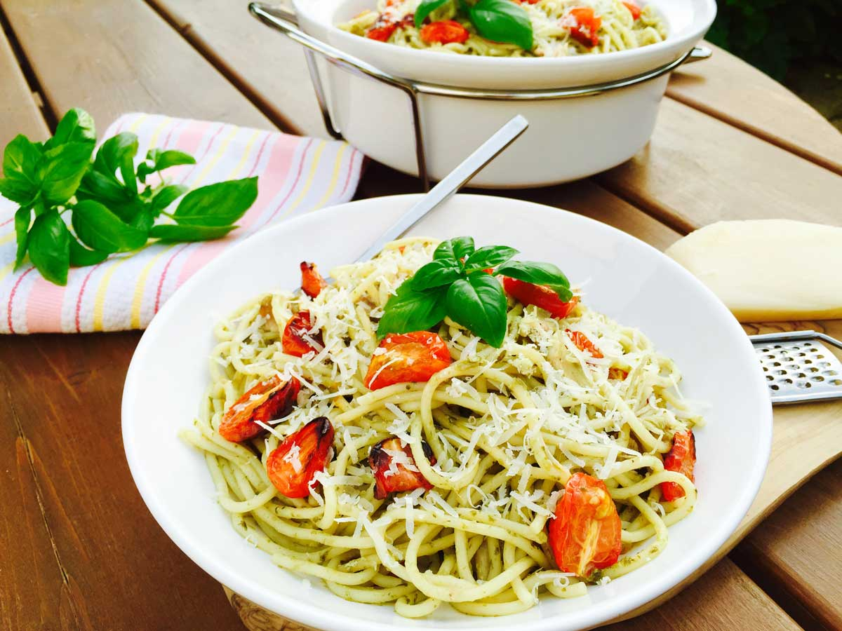 """This """"chicken, roast tomatoes & homemade pesto pasta"""" is a must-try recipe, a delightful and satisfying dish for all ages."""