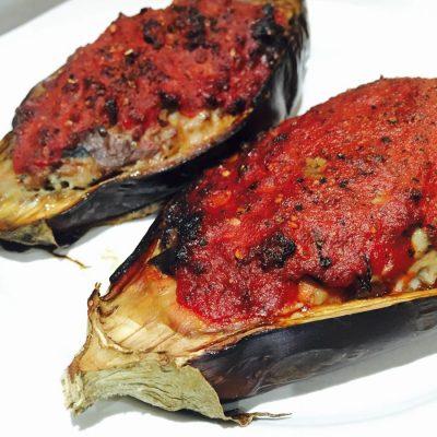 Velvety stuffed aubergines (eggplant)