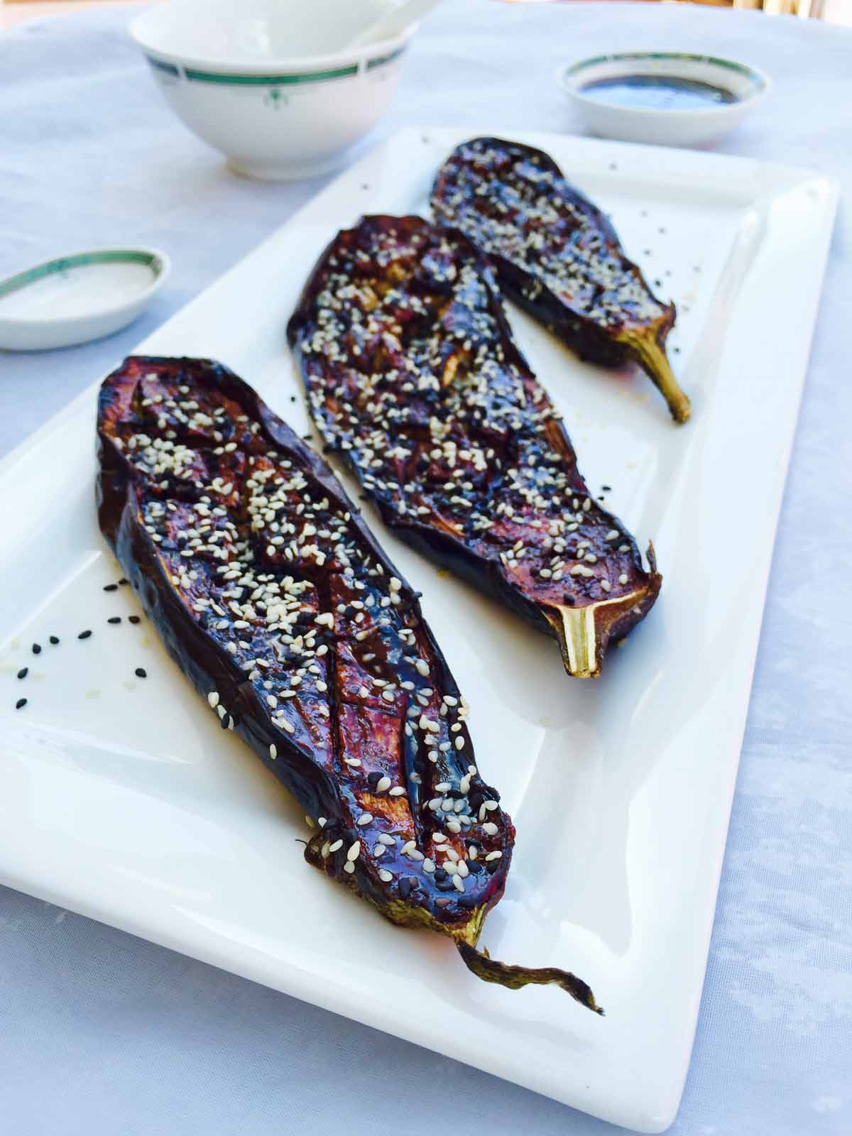 Experience the Japanese cuisine with these miso aubergines, marinated with a tasty miso paste, honey and sesame seeds.
