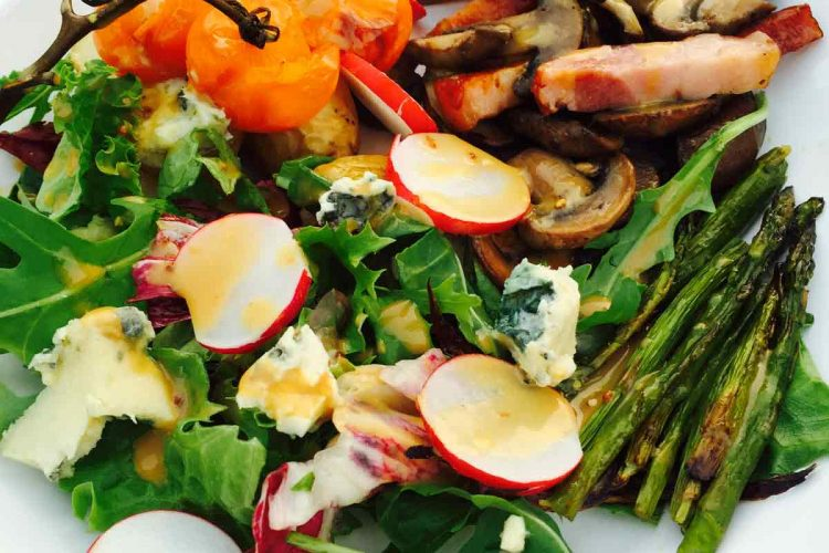 Asparagus, potatoes, mushrooms, bacon! What a superb combination! Give this potato and roast asparagus salad a shot.
