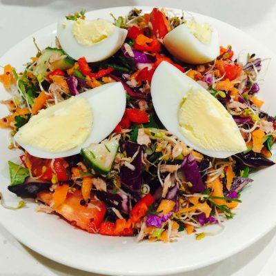 Booster rainbow salad