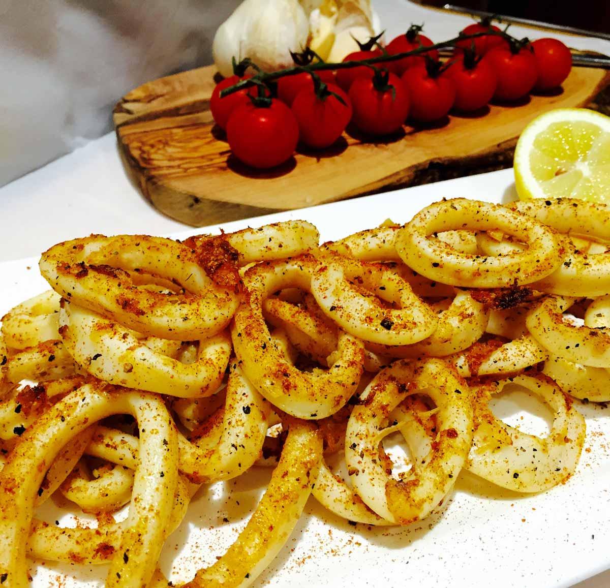 Spicy calamari rings