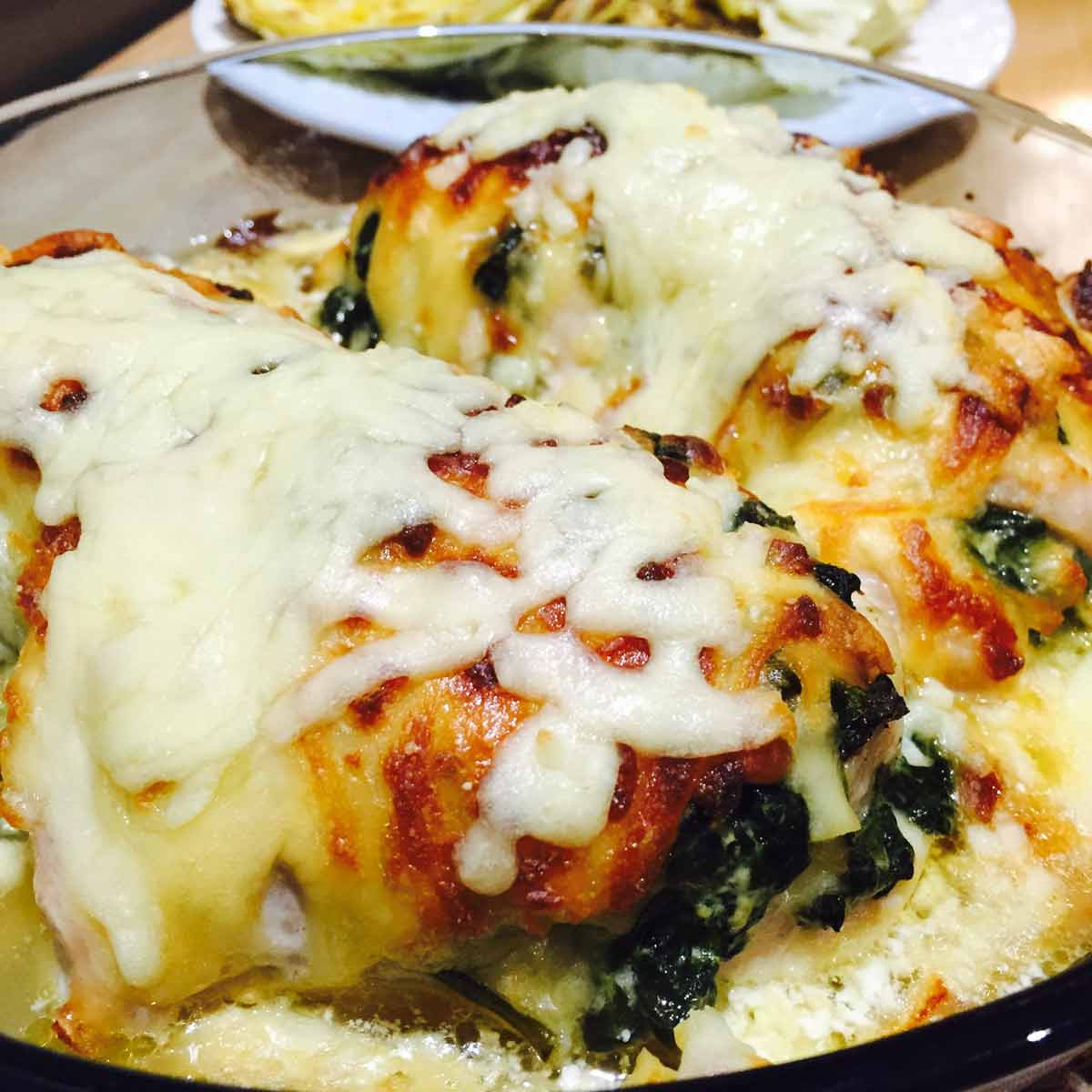 Spinach & mushrooms stuffed chicken breast